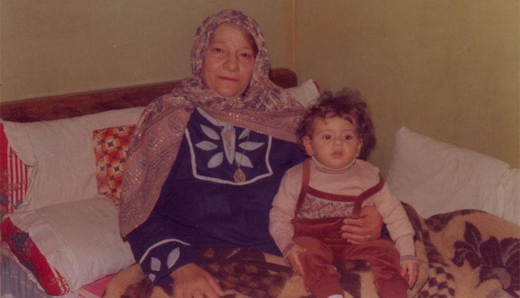 1981 - الوالدة - الإبن مازن