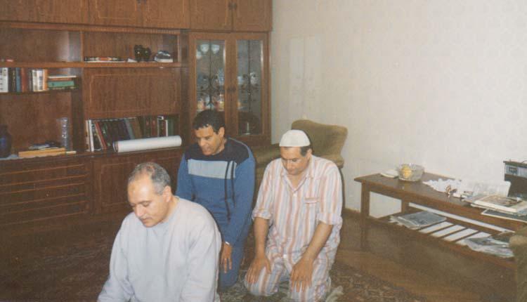 1994 - كازاخستان - ألماتا - الدكتور احمد خورشيد - اللواء إبراهيم رضوان - الصياد