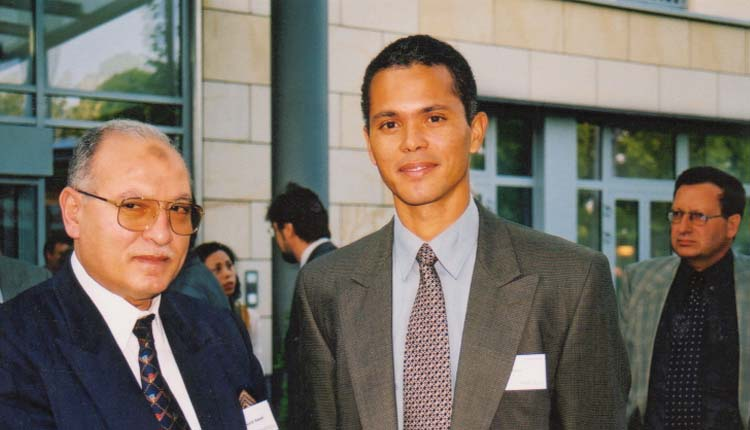 2000 - ألمانيا - برلين - مؤتمر شركة سيمنس حول الاتصالات